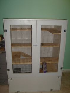 DIY cage for pet rodents -- needs to be modified for guinea pigs (longer, not taller). I might do this for future pets.