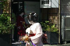 浅草芸者  asakusa geisha