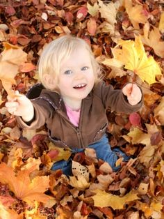 50 must-do family fall activities | Today's Parent