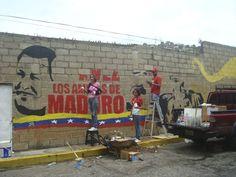 Maduro mural