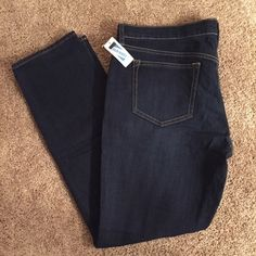 """Old Navy Diva Jeans NWT! Brand new """"The Diva"""" dark wash skinny jeans. Size 14 Regular. Smoke free home. Old Navy Jeans Skinny"""