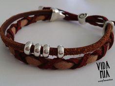 Brazaletes - Pulsera de hombre en cuero y antelina - hecho a mano por VIDA-MIA-complementos en DaWanda