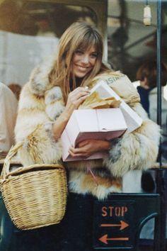 Jane Birkin shopping