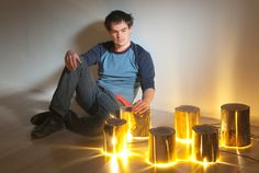 duncan-and-his-cracked-log-lamps.jpg (3478×2329)