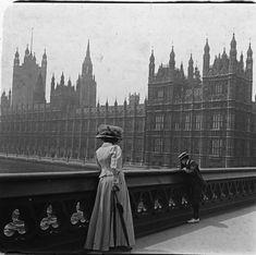 London, 1909.