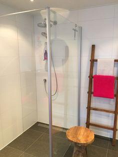 9 beste afbeeldingen van Badkamer voorbeeld levensloopbestendige ...