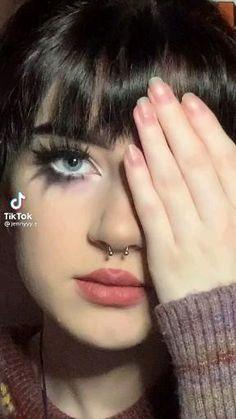 Makeup Eye Looks, Creative Makeup Looks, Eye Makeup Art, No Eyeliner Makeup, Pretty Makeup, Hair Makeup, Punk Makeup, Grunge Makeup, Haut Routine