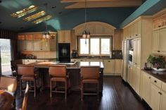 How To Choose Kitchen Colors Choosing Your Kitchen Colors   Cabinets  Graber