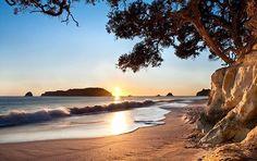 Cathedral Cove, Coromandel Peninsula, The North Island, New Zealand (by kiwiexperience)