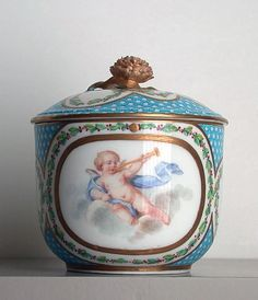 Sugar Bowl with Cover, made by Sèvres Porcelain Manufactory after design by François Boucher (1770)