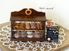 いいね!247件、コメント17件 ― **プティシュクレ**さん(@petit_sucre777)のInstagramアカウント: 「*Boulangerie miniature original handmade* . . . 「#ミニチュアアート展2017 」に展示販売致します . .…」