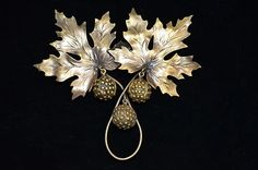 Joseff of Hollywood Leaves and Acorns Brooch