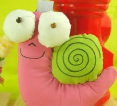 Fabric & Sewing Handicraft : How to make a snail out of fabric