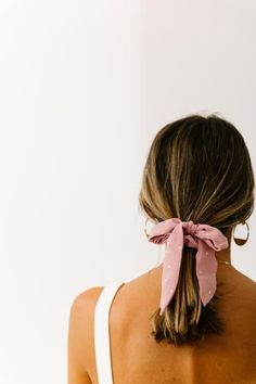 Margot Purple Scrunchie | Luca and Grae Scarf Hairstyles, Summer Hairstyles, Messy Hairstyles, Pretty Hairstyles, Hairdos, Hair Inspo, Hair Inspiration, Hair Looks, Hair Clips