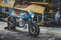 1982-moto-guzzi-le-mans-cafe-racer-1.jpg (1250×834)