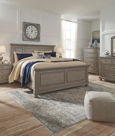 The Lettner Light Gray 6 Pc. Dresser, Mirror, Chest & Queen Panel Bed by Signature Design by Ashley at Outten Brothers of Salisbury. Proudly offering quality furniture since 1947 to Salisbury, MD and the surrounding areas. Farmhouse Master Bedroom, Home Bedroom, Modern Bedroom, Bedroom Decor, Trendy Bedroom, King Bedroom Sets, Contemporary Bedroom, Dream Bedroom, Small Bedrooms