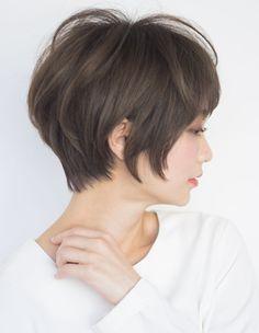 立体感パーマの大人ショート(TU-394) | ヘアカタログ・髪型・ヘアスタイル|AFLOAT(アフロート)表参道・銀座・名古屋の美容室・美容院