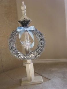 Christmas Crafts and Decorations Shanty Wreath Hangers - Shanty 2 Chic PVC Cladding is a Very Attrac Spindle Crafts, Wood Crafts, Diy Wood, Diy Wreath Hanger, Christmas Diy, Christmas Wreaths, Winter Wreaths, Spring Wreaths, Christmas Parties