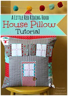 A Little Red Riding Hood House Pillow Tutorial