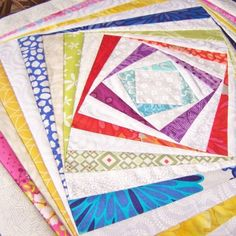 How to do Big Stitch Hand Quilting with Perle Cotton tutorial Hand Quilting Designs, Quilting Tutorials, Quilting Tips, Quilting Board, Modern Quilting, Machine Quilting, Quilting Projects, Embroidery Designs, Log Cabin Quilts