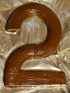 gateau anniversaire 2 deux ans raibow cake simple facile et rapide gateau smarties gateau au yaourt revisité en forme de chiffre (5) Cake Simple, Minnie Mouse Birthday Cakes, Macarons, Camembert Cheese, Pudding, Baking, 1 An, Irene, Marcel