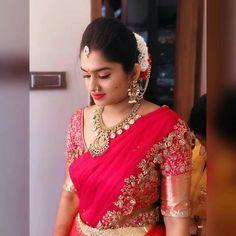 langavoni Wedding Saree Blouse Designs, Pattu Saree Blouse Designs, Half Saree Designs, Blouse Designs Silk, Saree Blouse Patterns, Lehenga Designs, Indian Bridal Sarees, Indian Bridal Outfits, Indian Designer Outfits