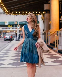 The perfect holiday party dress for 40% off on the @frenchconnection website! Link it and the rest of my outfit details via @liketoknow.it http://liketk.it/2tAd7 #liketkit #blackfriday