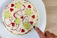 Lecker frische bunte Salattorte :D