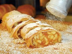 French Revolution/ Queen's Tea: Easy Apple Strudel..It doesn't matter if it's served warm or cold, Serve it a la mode for dessert or as a morning treat for breakfast or brunch.