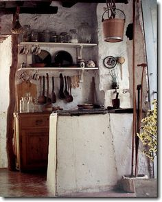 Little old Greek Island kitchen. Photo via blogger from the book Greek Style by Suzanne Slesin, http://www.amazon.co.uk/dp/0500235260/ref=cm_sw_r_pi_dp_JHM.sb04RCNH4/280-4927594-5620333