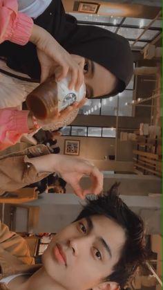 Cute Muslim Couples, Cute Couples Goals, Couple Goals, Boy Best Friend Pictures, Cute Couple Pictures, Korean Couple, Best Couple, Friendship Photos, Tumblr Couples