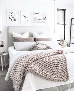 Insanely cozy ways to decorate your bedroom for fall A chunky knit wool throw adds texture and interest to a gray and white bedroom.A chunky knit wool throw adds texture and interest to a gray and white bedroom. Fall Bedroom, Cozy Bedroom, Teen Bedroom, Bedroom Ideas, Girl Bedrooms, Master Bedroom, White Bedrooms, Scandinavian Bedroom, Scandinavian Style