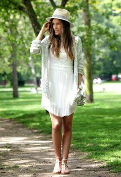 Atractivos vestidos de fiesta para días de verano | Moda y Tendencias