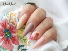 "Flower Nails Inspirations/ Pastel Nails Ideas/ Spring Summer Colors Nails/ Pastel Manicure 2018/ Modne Paznokcie 2018/ Paznokcie Hit 2018/ Paznokcie Na Lato 2018/ Stylizacje Paznokci 2018/ Pastelowe Stylizacje/ Pomysły Na Pastelowe Paznokcie 2018/ <a href=""https://www.neonail.pl/inspiracje/subtelne-kwiatki.html?pa=2&utm_source=social&utm_medium=pinterest"">Kliknij, aby poznać Inspiracje NeoNail 2018</a>"
