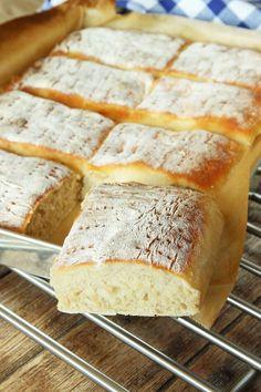 Saftiga rågsiktsrutor – Lindas Bakskola Our Daily Bread, Swedish Recipes, Bread Baking, I Love Food, Bread Recipes, Food To Make, Bakery, Dessert Recipes, Desserts