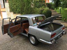 Alfa Romeo Berlina 2000 by Bertone (1971)
