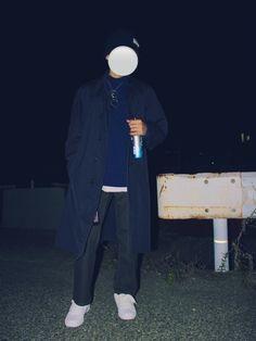 バーバリーのコートにバーバリーのパンツでバーバリーオンバーバリーしました。 飲んでいるものはサウザク