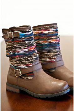 ☮ American Hippie Bohemian Style ~ Boho Boots!