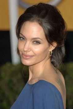 The Angelina Jolie beauty look book