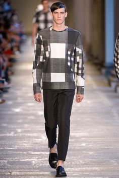 See the complete Neil Barrett Spring 2014 Menswear collection.