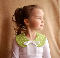 Make photo day extra memorable with this adorable tie-on peter pan collar. #babiekinsmag