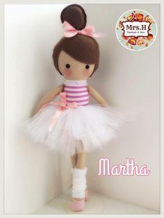 clothes idea for bendie doll Homemade Dolls, Ballerina Doll, Sewing Dolls, Soft Dolls, Fabric Dolls, Rag Dolls, Felt Toys, Diy Doll, Cute Dolls