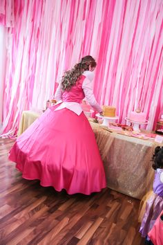 Love the pink streamers as a backdrop for food or pictures