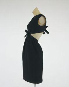 Cocktail dress dress code essay