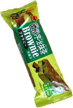 Bourbon Green Tea Brownie $2.00 http://thingsfromjapan.net/bourbon-green-tea-brownie/ #Japanese brownie #green tea #Japanese snack