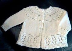 Baby Cardigan Knitting Pattern Free, Baby Boy Knitting Patterns, Baby Girl Patterns, Crochet Baby Cardigan, Knit Baby Sweaters, Baby Hats Knitting, Knitting For Kids, Knitting Designs, Knit Patterns