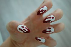 White OR Clear Base Dripping Blood Stiletto Nails - Set of 20 - Fake nails, false nails, bloody nails, halloween, drip nails, press on nails