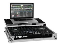 http://www.rockpalace.com/gfx_productcode/XL/118174/2/Native-Instruments-Traktor-S4-Flightcase.jpg