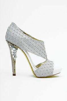Versace, another perfect shoe for homecoming <3