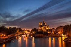 Long exposure on Notre-Dame.